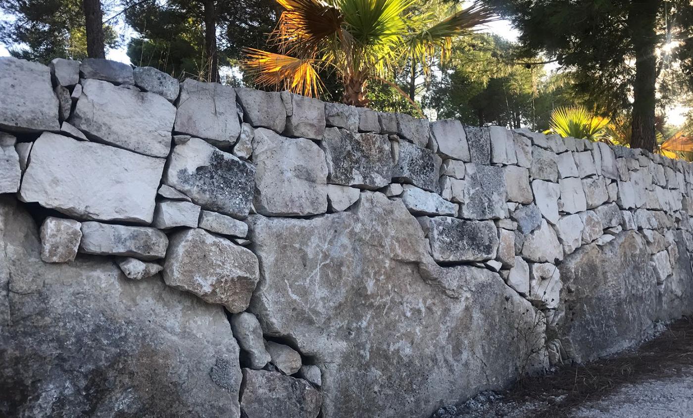 Muro Fatto In Pietra il fascino del muro a secco | lavorazione pietra giuga